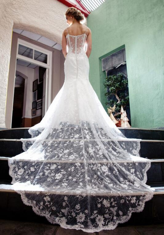 Vintage Fitted Lace Wedding Dresses