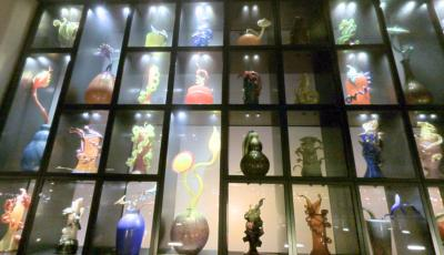 Museum of Glass: Chihuly Bridge of Glass – The Venetian Wall 3D Model