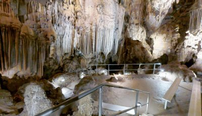 Lake Shaster Caverns