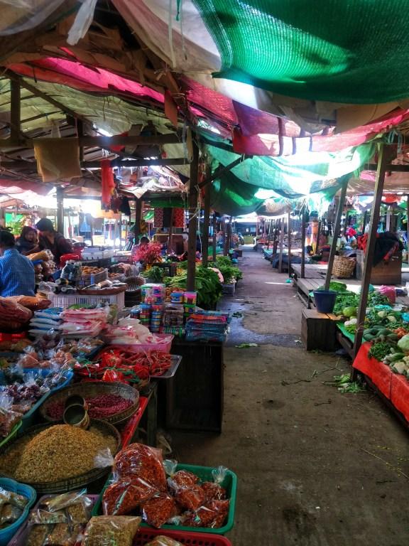 Market streets of Tamu