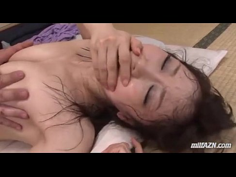 ドMで寝取られ体質な30代後半の熟女人妻が旦那の前で犯されるひとずまをおとす