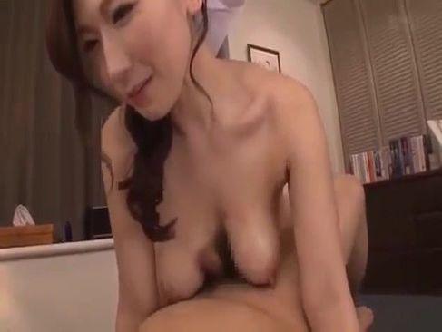 ぽっちゃり系巨乳人妻が全裸で家事をして旦那のチンポをおまんこで綺麗にするひとずま無料 kyokonn ヌーサ