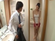 長身美人妻が即尺してくれるひとずま動画