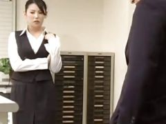 美人OLが会社で同僚とセックスや女王様の人妻熟女のセックス動画
