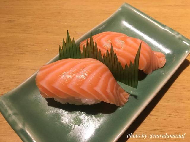 Salmon Nigiri (Only 29K/2pcs)
