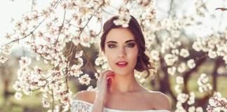Ilustrasi Gambar Wanita dengan tatanan rambut yang cocok untuk ke pernikahan