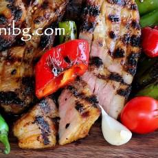 Мариновано свинско месо на скара