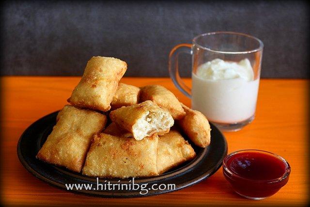мекичета със сирене и кисело мляко