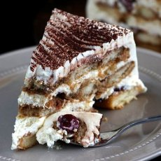 Торта с бишкоти - лесна рецепта
