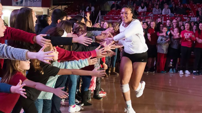 Razorbacks to open 2019 season at end of August in Barnhill Arena