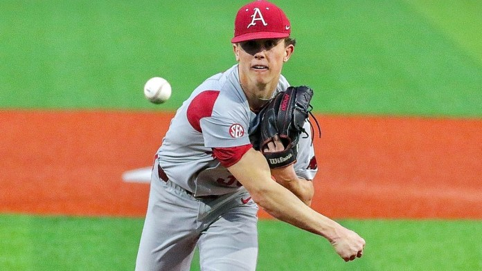 Razorbacks get another win with Battles' homer in 10th