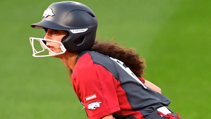 Flames end Hogs' record win streak in extra innings