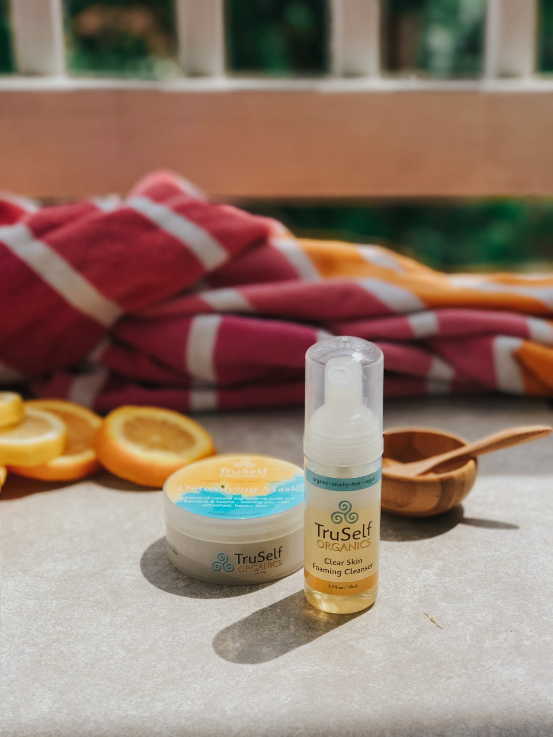 TruSelf Organics Detoxifying Mask & Clear Skin Foaming Cleanser, Organic Skincare, leaping bunny certified, cruelty-free skincare, cruelty-free brands | @truselforganics