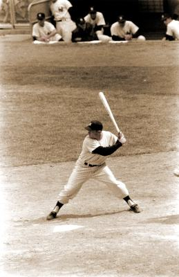 Baseball Swing Drills: Mickey Mantle Shifting Foot Pressure