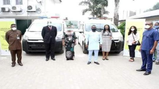 NNPC, Agip, Oando, present two ambulances to Dr. Mrs. Ipalibo Harry Banigo,