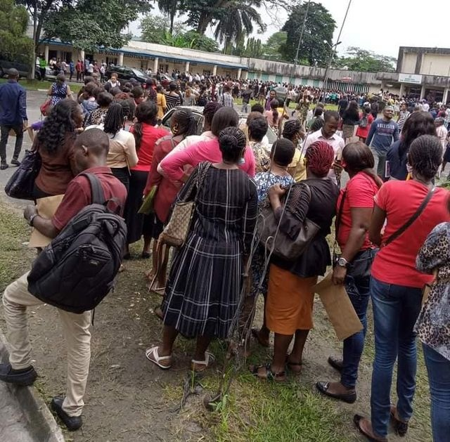Massive crowd turnout for Rivers state govt civil service job recruitment