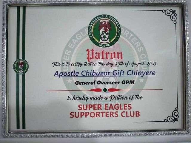 Apostle Chinyere Chibuzor receives Super Eagles National Patron award