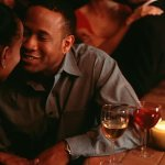 6 'romantic' gestures that are major red flags