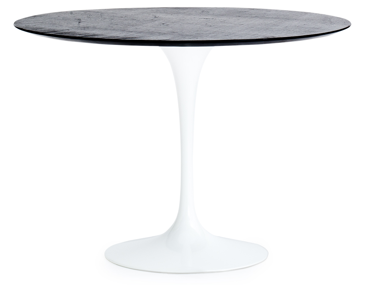 saarinen outdoor round dining table