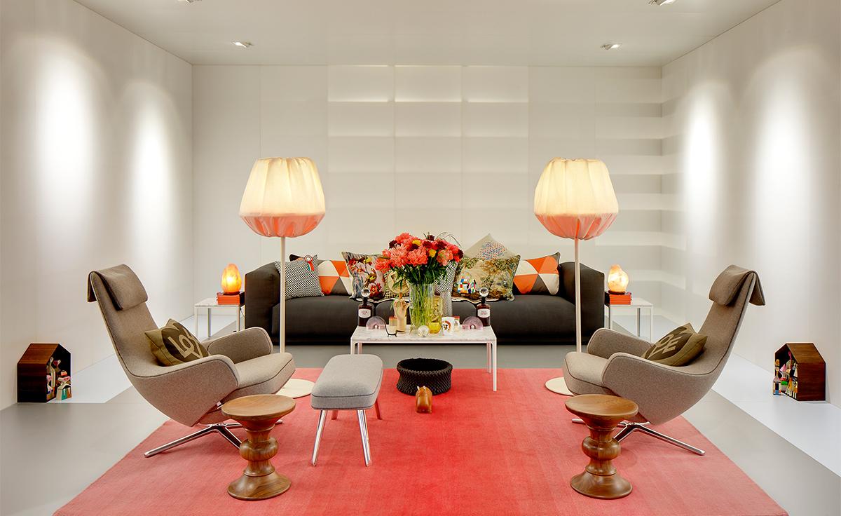 Repos Lounge Chair Amp Ottoman