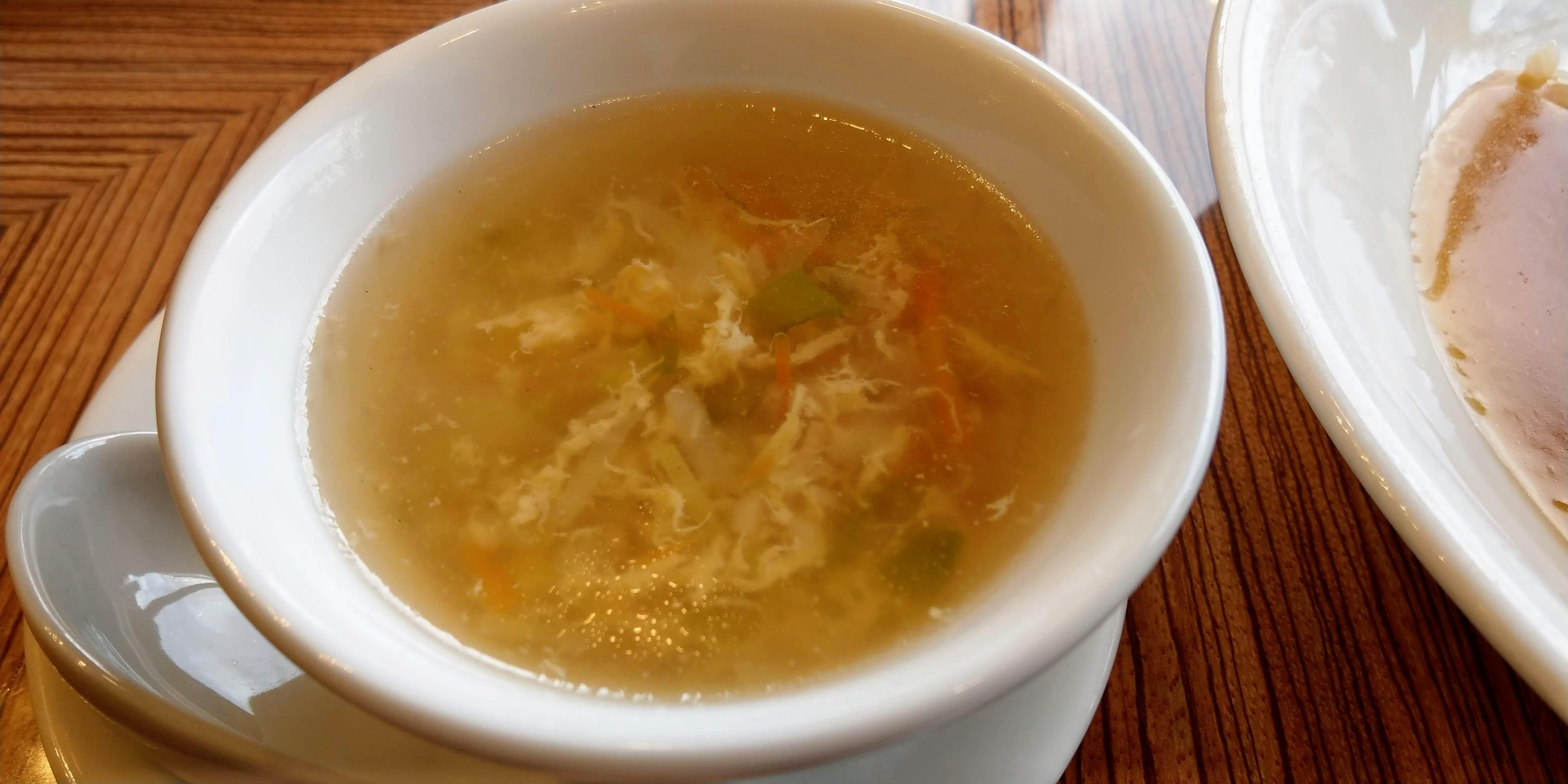 チャーハンにつくスープ