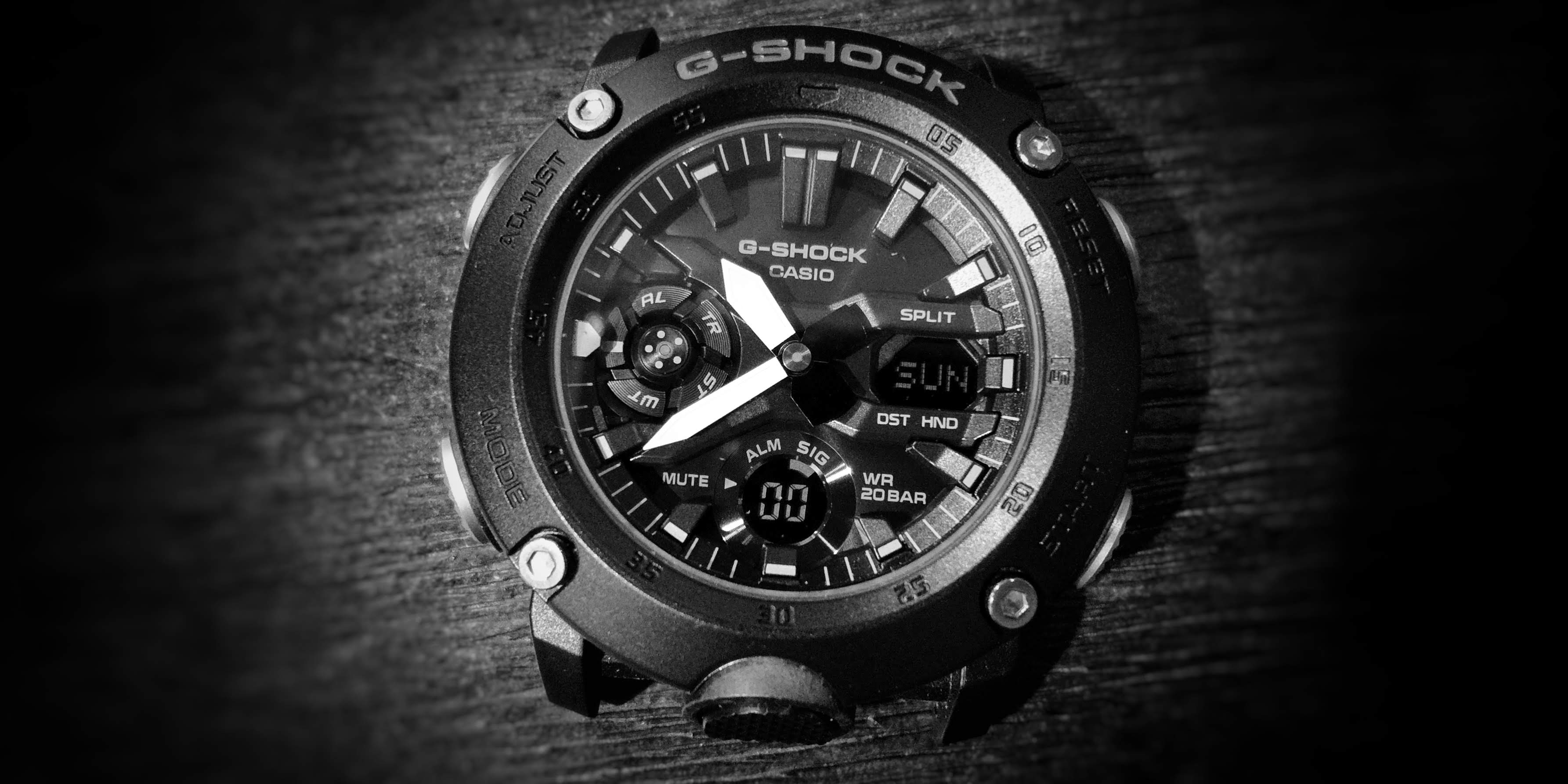 g_shock_GA2000