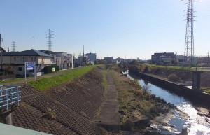 矢上川を境に日吉は横浜と川崎に分断されることになった