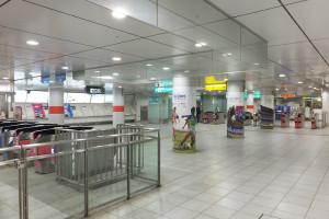 日吉駅地下の東急とグリーンラインの連絡通路付近を活用できる
