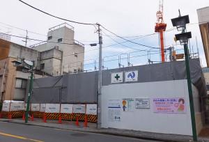 建設中の「綱島別所プラザアネックス」は産婦人科になる(2016年7月撮影)