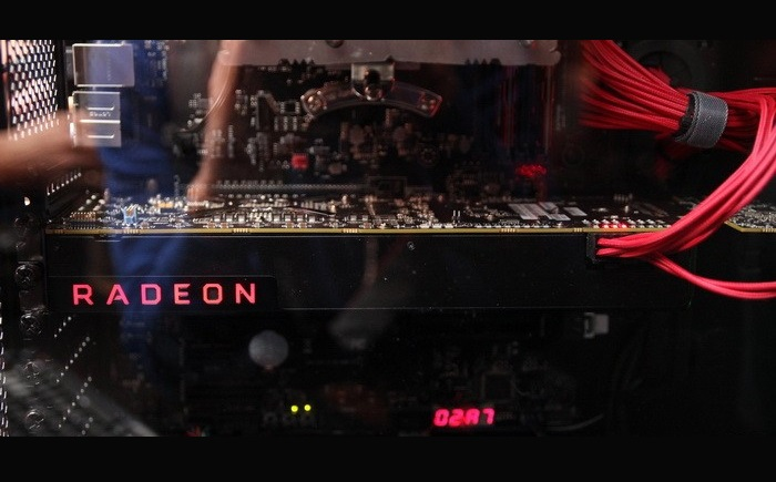 AMD Radeon Vega顯卡配備8+6pin供電接口