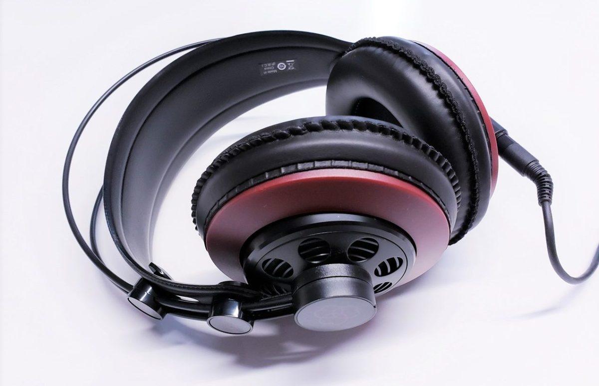 Massdrop AKG M220 Pro評測: 廉價且不失水準的入門級耳機