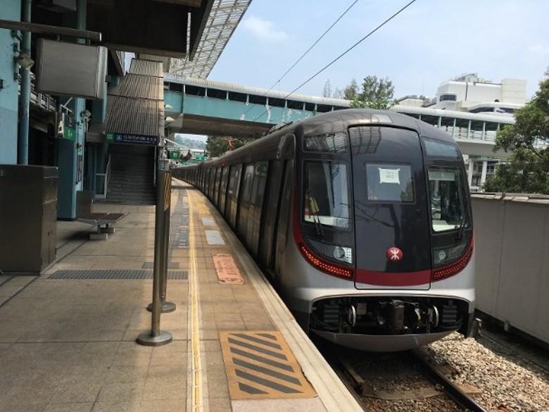 東鐵新信號系統「失魂」行錯路 連同9卡新列車押後啟用|即時新聞|港澳|on.cc東網
