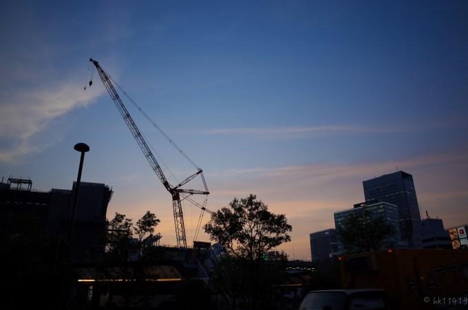 夕暮れの仙台駅東口
