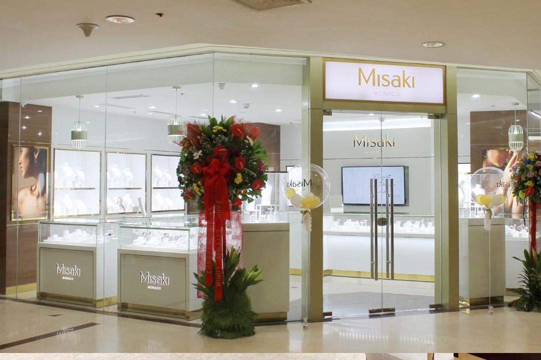 Shop Interior Design & Furniture and Fixtures Customization | Besty Display