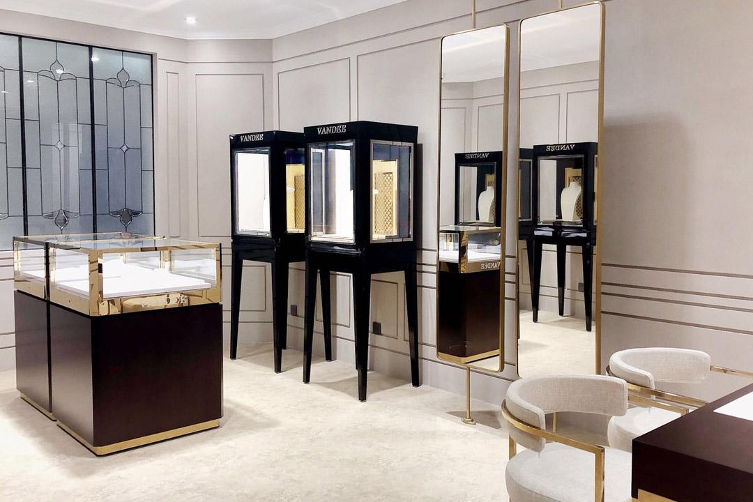 Store Fixtures & Retail Displays | Besty Display