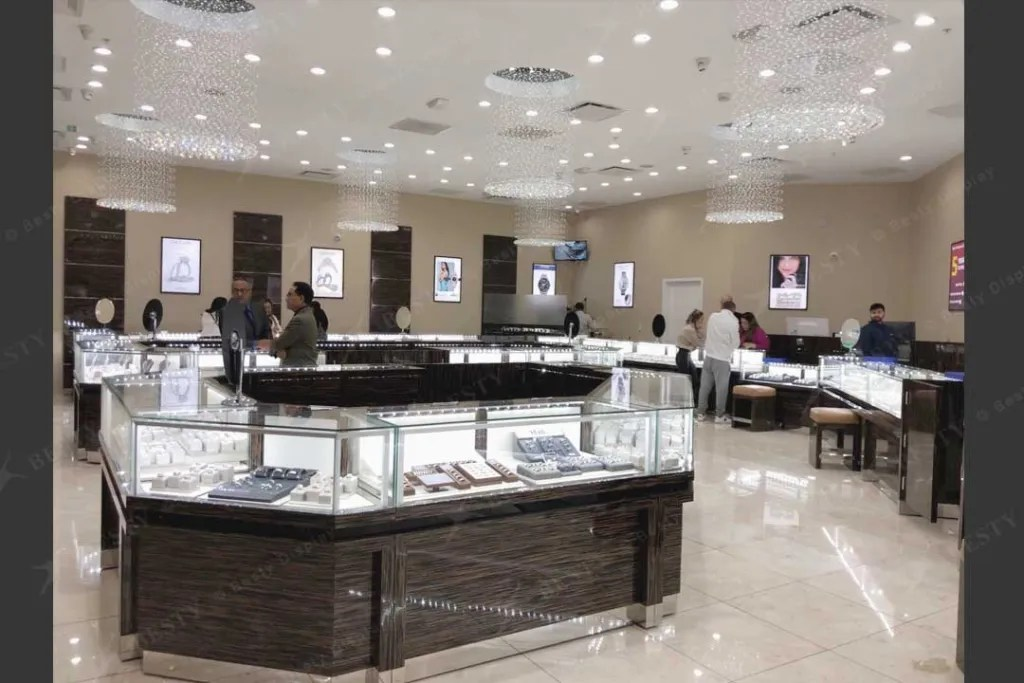 Jewelry Display Cases in Retail Store | Besty Display