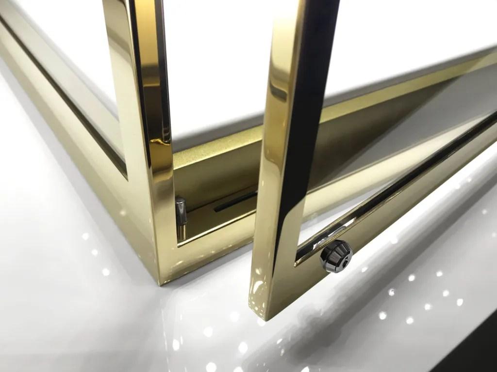 MT-05 Lock Detail | Besty Display