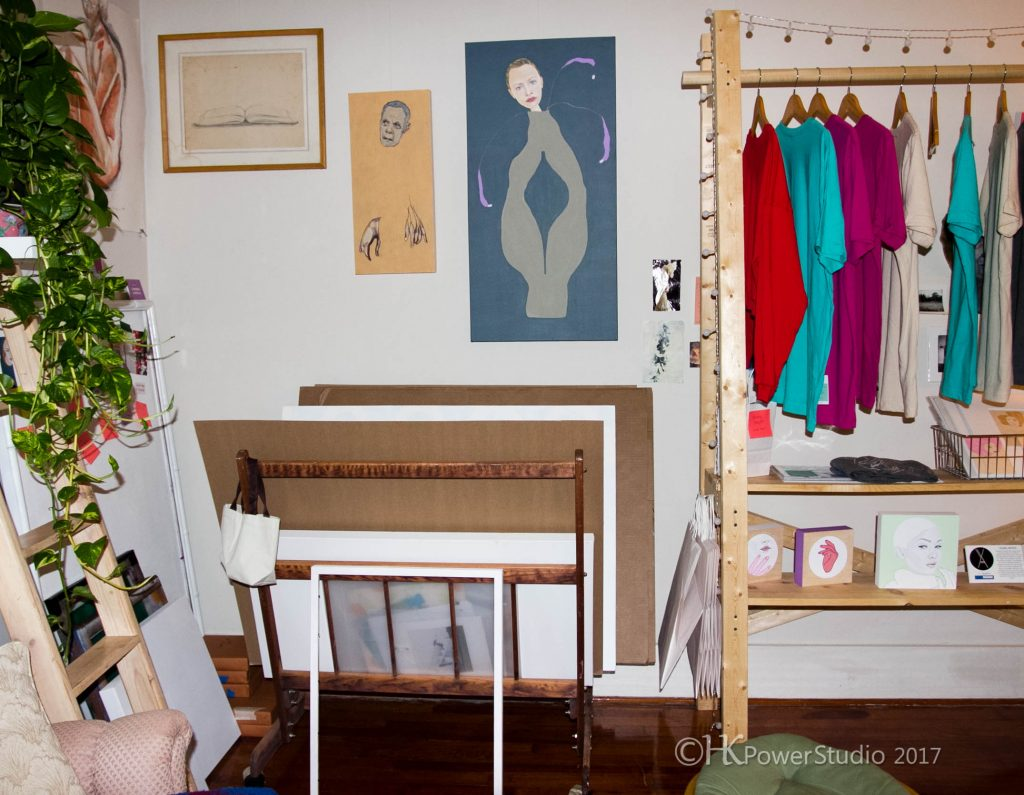 Chambers Austelle's Organized Art Space