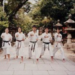 集訓隊於大阪住吉大社公園練習 The training team, training at the Sumiyoshi Garden, Osaka