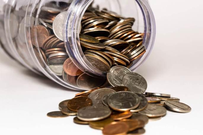 強積金供款上限由最初 $1,000 擬將會增至 $2,400