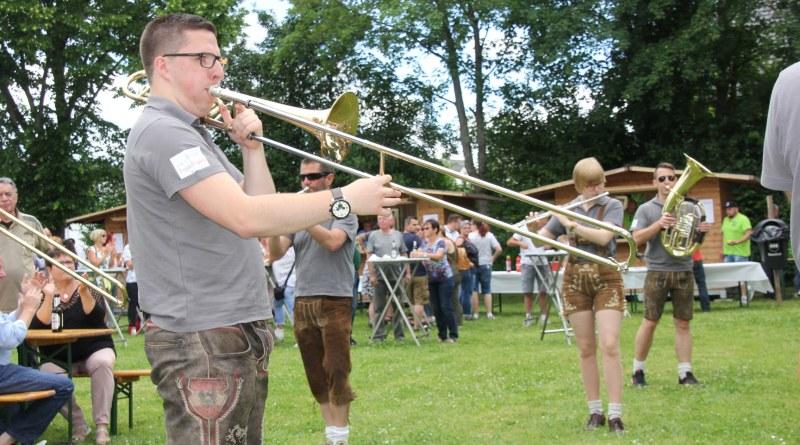 Alle Vereine präsentierten sich beim Dorffest in Mannebach