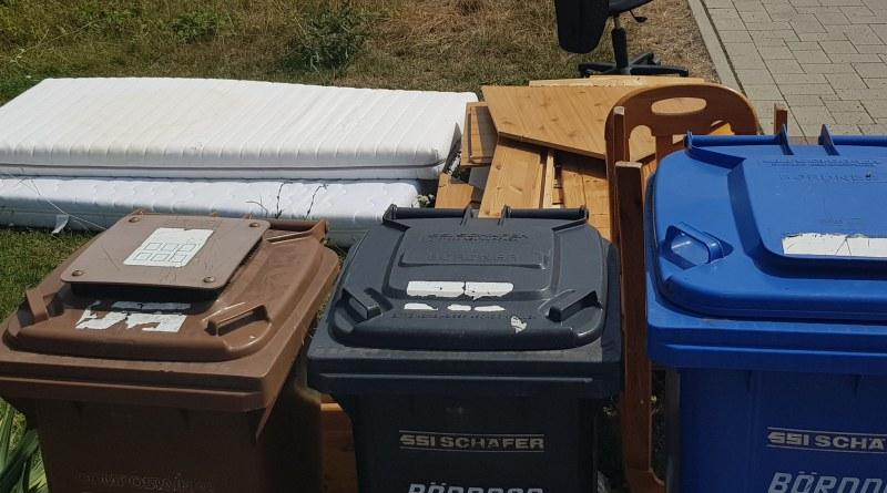 Müll war das Auftaktthema der Sommertour 2019 von Joachim Veyhelmann, MdL.
