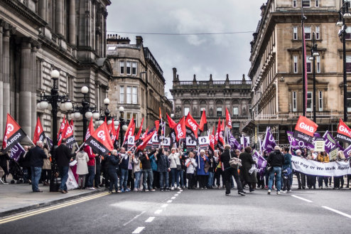 GMB members demand Glasgow City Council settle equal pay claim