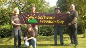 HLUG Members with SFD 2011 banner: