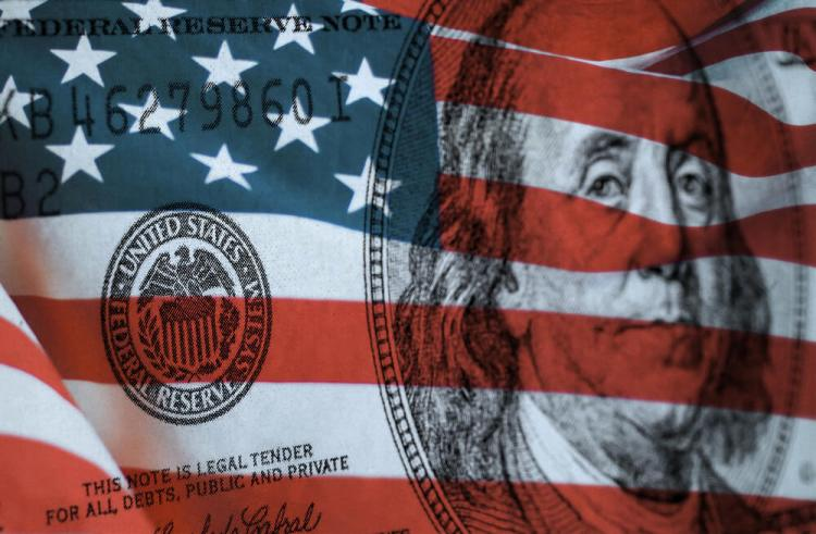 Federal Reserve symbol and US flag