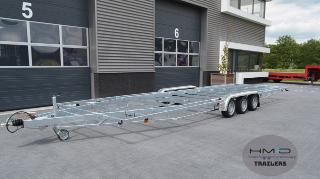 Tiny House Trailers TH840-3-axle-Classic