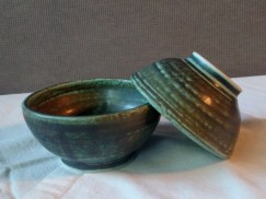 two finger bowls, unavailable