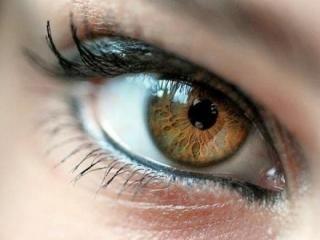 Ободок вокруг глаз. Читаем болезни по глазам