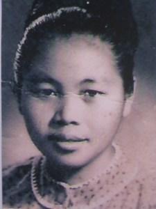 Hmong Women Pioneer: Choua Thao