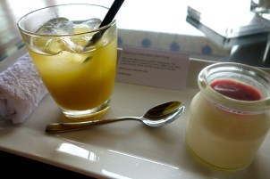 Welcome drink and panacotta
